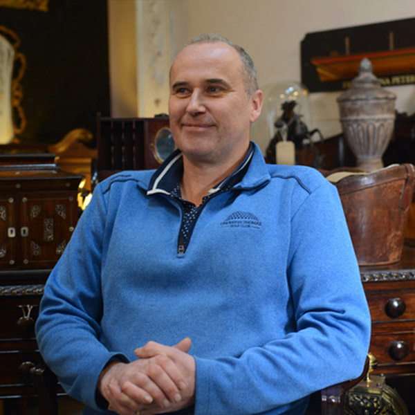 Andrew Howarth joins Auction Antiques